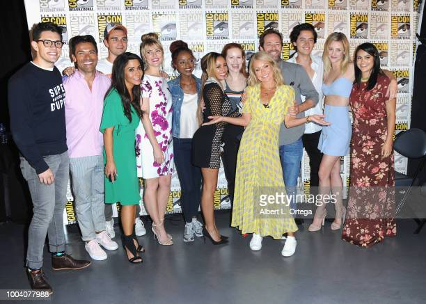 Casey Cott Mark Consuelos KJ Apa Marisol Nichols Madchen Amick Ashleigh Murray Vanessa Morgan Madelaine Petsch Kelly Ripa Luke Perry Cole Sprouse...