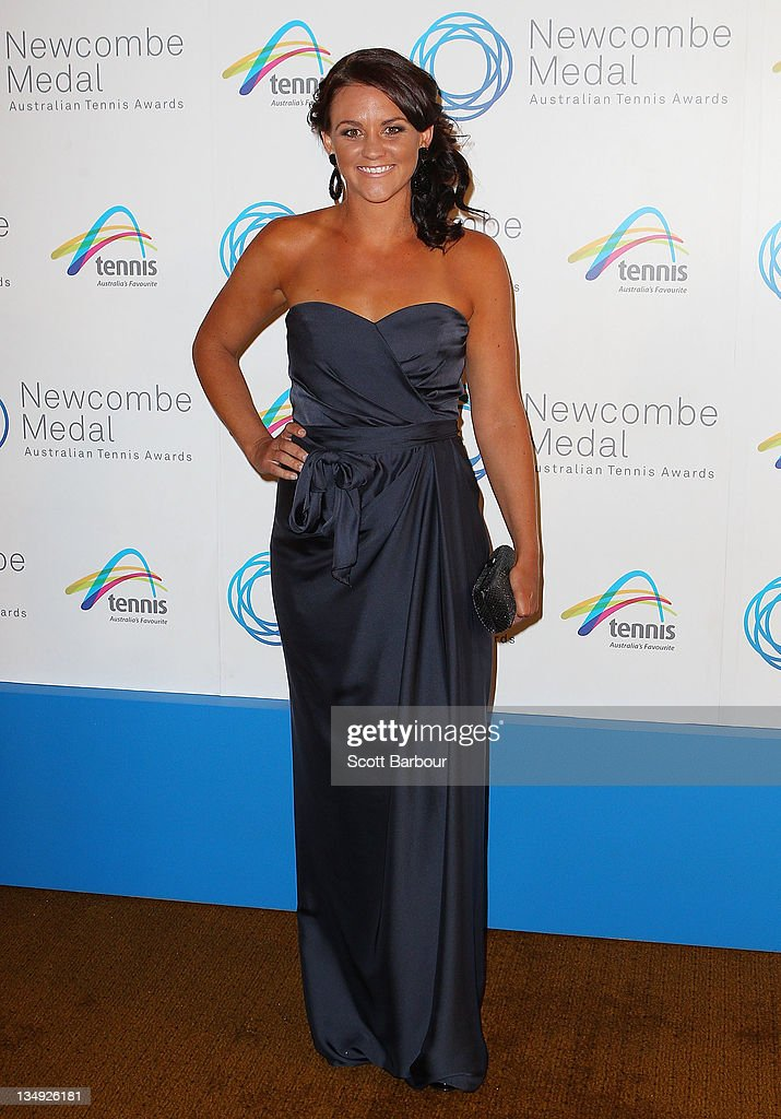 Casey Dellacqua arrives at the 2011 Newcombe Medal at Crown Palladium on December 5, 2011 in Melbourne, Australia.