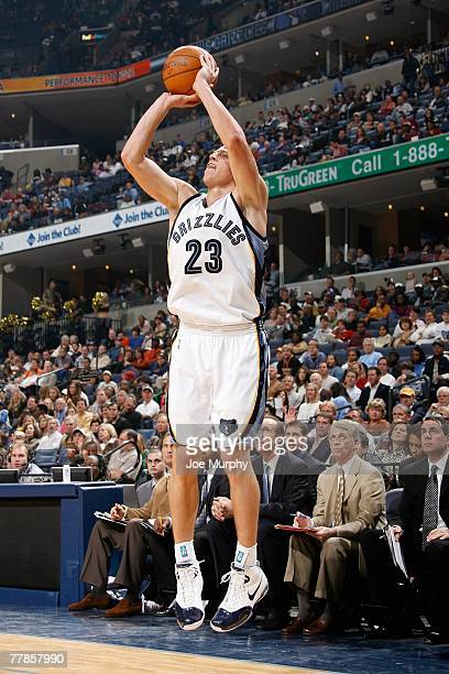 Casey Jacobsen of the Memphis Grizzlies shoots during the game against the Indiana Pacers on November 3, 2007 at FedExForum in Memphis, Tennessee....