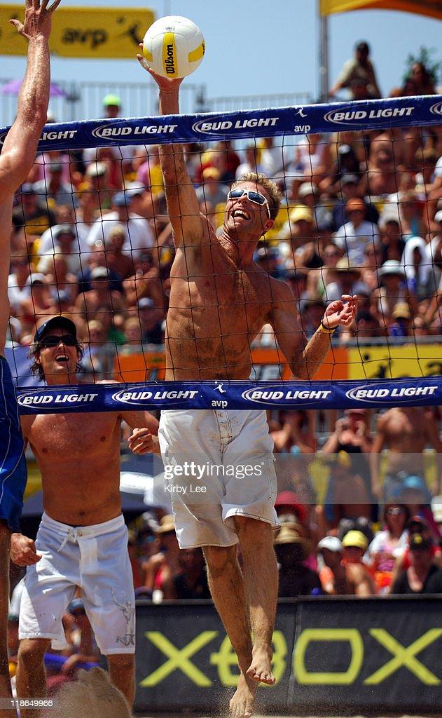 AVP Hermosa Beach Open - July 23, 2005 : News Photo