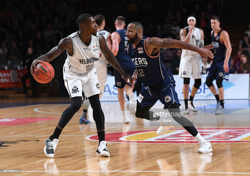 Casey Prather of the Melbourne United and Shannon Shorter of the Adelaide 36ers during the round one NBL match between the Adelaide 36ers and Melbourne United at Titanium Security Arena on October 5, 2017 in Adelaide, Australia.