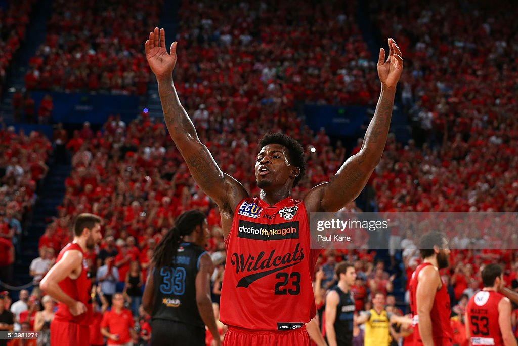 Casey Prather of the Wildcats acknowledges the crowd after being substituted out of the game during game three of the NBL Grand Final series between the Perth Wildcats and the New Zealand Breakers at Perth Arena on March 6, 2016 in Perth, Australia.