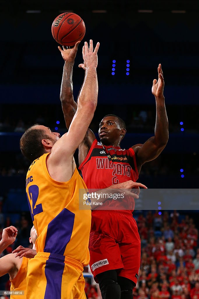 Casey Prather of the Wildcats lays up against Aleks Maric of the Kings of the Kings during the round seven NBL match between the Perth Wildcats and the Sydney Kings at Perth Arena on November 17, 2016 in Perth, Australia.