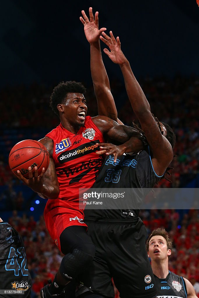 Casey Prather of the Wildcats lays up agaisnt Charles Jackson of the Breakers during game one of the NBL Grand FInal series between the Perth Wildcats and the New Zealand Breakers at Perth Arena on March 2, 2016 in Perth, Australia.