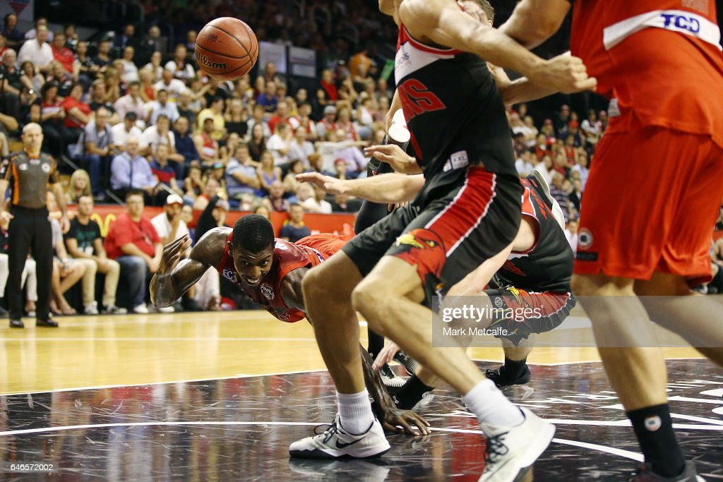 Casey Prather of the Wildcats passes as he is fouled during game two of the NBL Grand Final series between the Perth Wildcats and the Illawarra Hawks at WIN Entertainment Centre on March 1, 2017 in Wollongong, Australia.