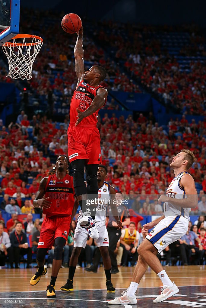 Casey Prather of the Wildcats sets to dunk the ball during the round nine NBL match between the Perth Wildcats and the Brisbane Bullets at Perth Arena on December 1, 2016 in Perth, Australia.