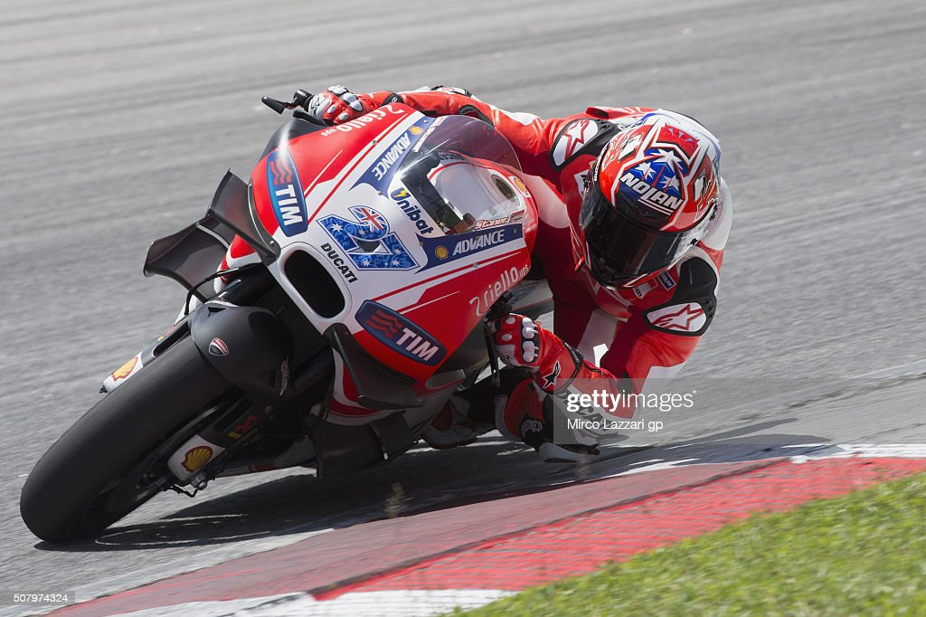 Casey Stoner of Australia and Ducati Team rounds the bend during the MotoGP Tests In Sepang at Sepang Circuit on February 2, 2016 in Kuala Lumpur, Malaysia.