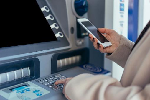 Cash dispenser with smartphone 900792194