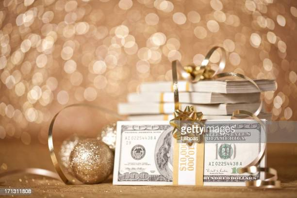 cash for christmas - christmas cash stock pictures, royalty-free photos & images