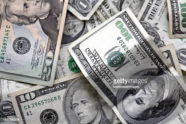 cash on the table - money politics stock pictures, royalty-free photos & images