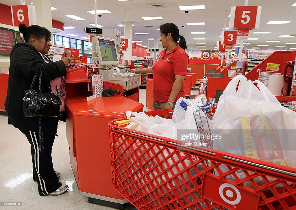 Target Reports Increase In Quarterly Earnings : News Photo