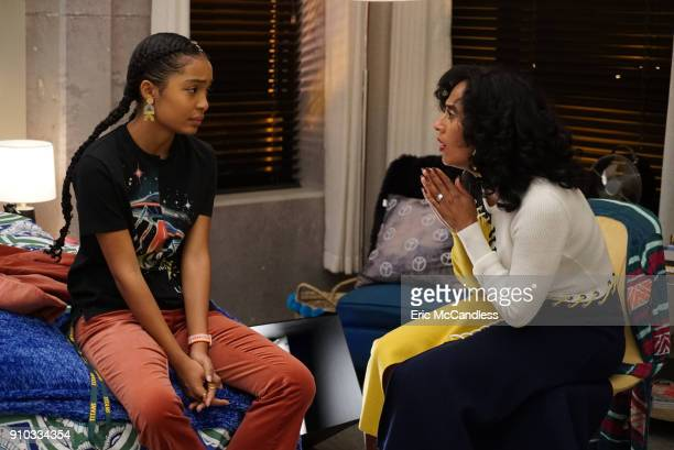 ISH Cashin Out When Zoey is put on the spot on national television shes faced with a difficult decision that may change her future This episode of...