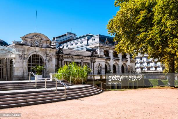 casino at parc des sources, vichy, auvergne, france - vichy stock photos and pictures