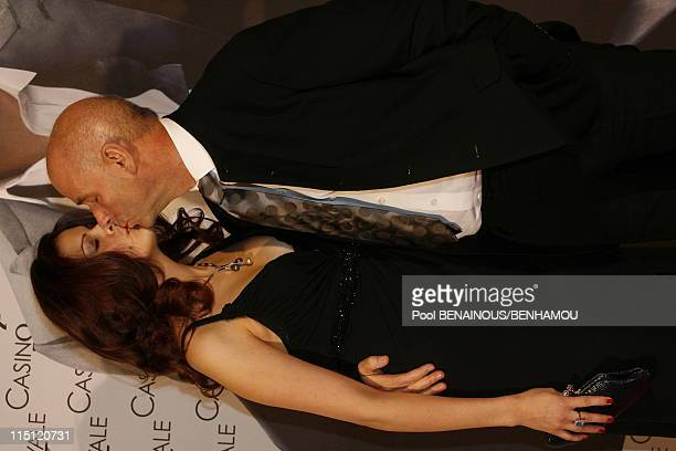 Casino Royal premiere at the 'Grand Rex' in Paris France on November 17 2006 Martin Campbell and wife