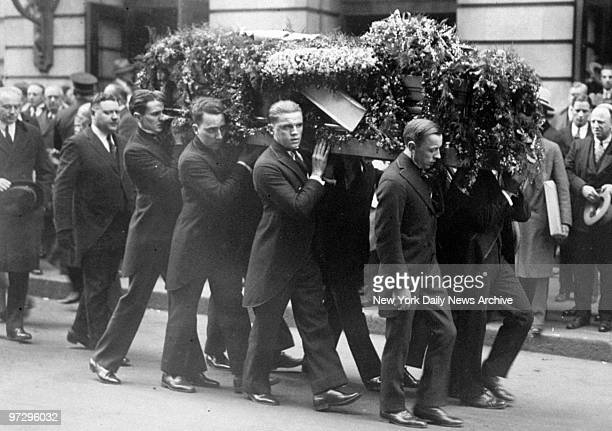 Casket of Harry Houdini being carried to hearse