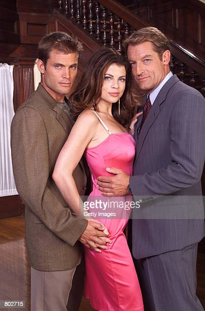 Casper Van Diem as Chandler Williams Yasmine Bleeth as Heather Williams Perry King as Richard Williams in the NBC series Titans