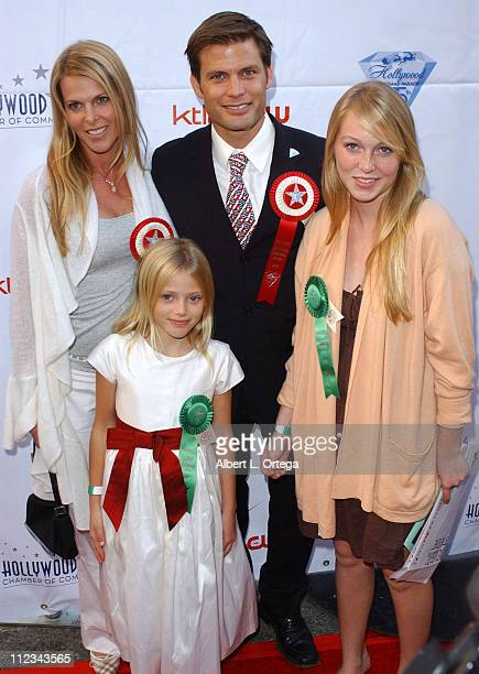 Casper Van Dien Catherine Oxenberg and daughters India and Grace