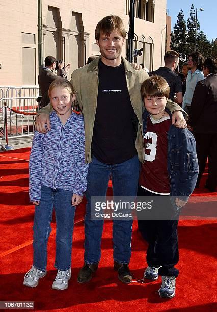 Casper Van Dien kids India Bo during 20th Anniversary Premiere of Steven Spielberg's ET The ExtraTerrestrial Red Carpet at Shrine Auditorium in Los...