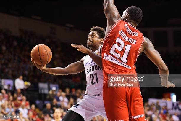 Casper Ware of Melbourne lays up a shot under pressure during the round 13 NBL match between the Illawarra Hawks and Melbourne United at Wollongong...