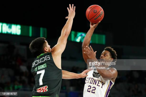 Casper Ware of the Kings shoots during the round 15 NBL match between the South East Melbourne Phoenix and the Sydney Kings at John Cain Arena, on...