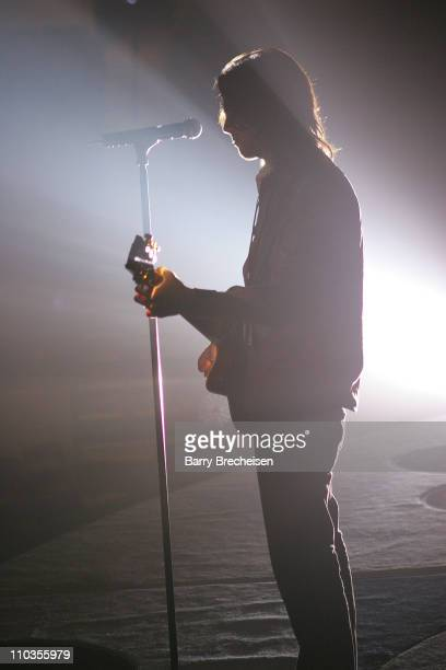 """Cass Dillon practices the new Billy Joel song """"Christmas in Fallujah"""" with Billy Joel during sound check December 1, 2007 at the Sears Centre in..."""