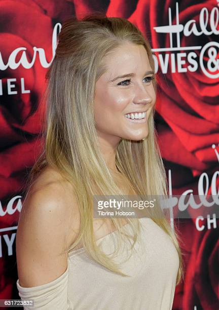 Cassidy gifford photos et images de collection getty images for Hallmark movies and mysteries channel