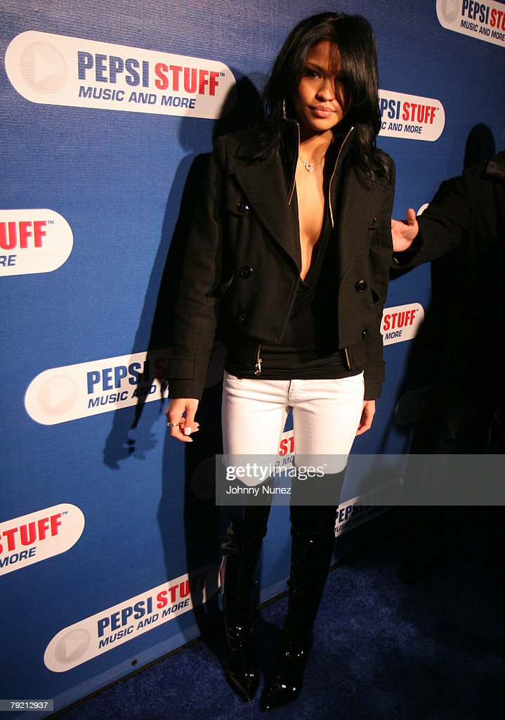 Cassie attends Pepsi Stuff Concert with John Legend and
