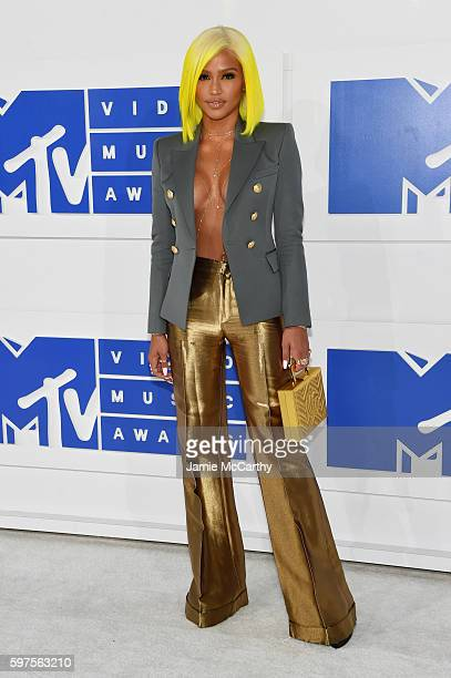 Cassie attends the 2016 MTV Video Music Awards at Madison Square Garden on August 28 2016 in New York City