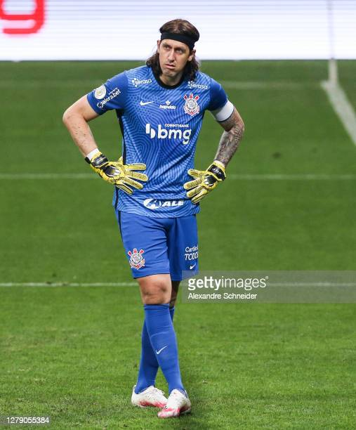 Cassio of Corinthians looks on during the match against Santos as part of Brasileirao Series A 2020 at Neo Quimica Arena on October 07, 2020 in Sao...
