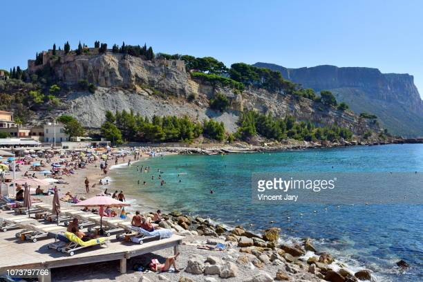 cassis beach france - cassis stock pictures, royalty-free photos & images