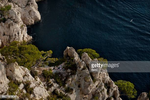 cassis, bouches-du-rhone, france- 12 november 2017: the massif des calanques - calanques stock pictures, royalty-free photos & images