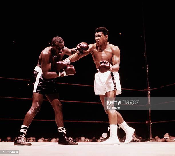 Cassius Clay Doug Jones Action Madison Square Garden