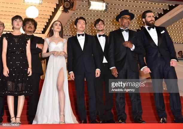 Cast and crew members Paul Dano Byung Heebong Ahn SeoHyun Giancarlo Esposito Steven Yeun director Bong JoonHo Lily Collins Jake Gyllenhaal and Devon...