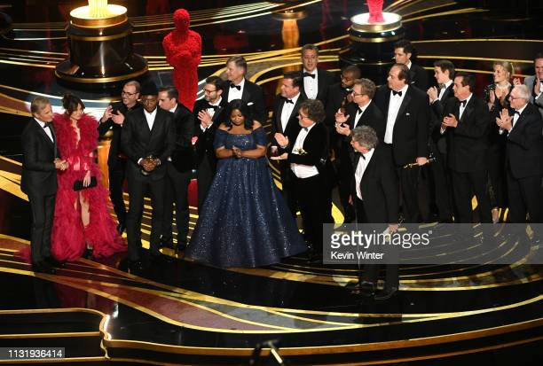 Cast and crew of 'Green Book' including Linda Cardellini Mahershala Ali Octavia Spencer Brian Currie Charles B Wessler Jim Burke Peter Farrelly and...