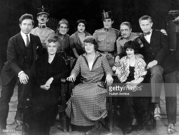 Cast and crew of the film 'Thy Name is Woman' a Louis B Mayer/Metro production actress Claire MacDowell screenwriter Bess Meredyth actress Edith...