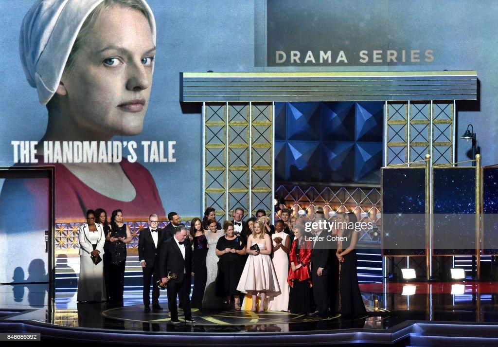 69th Annual Primetime Emmy Awards - Show : News Photo