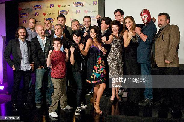 Cast at the presentation of the tv serie Lucho en Familia at the Camino Real Hotel on March 23 2011 in Tlalnepantla Mexico