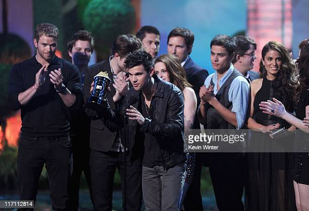 Cast Crew of 'Twilight Saga Eclipse' accept the Best Movie award onstage during the 2011 MTV Movie Awards at Universal Studios' Gibson Amphitheatre...