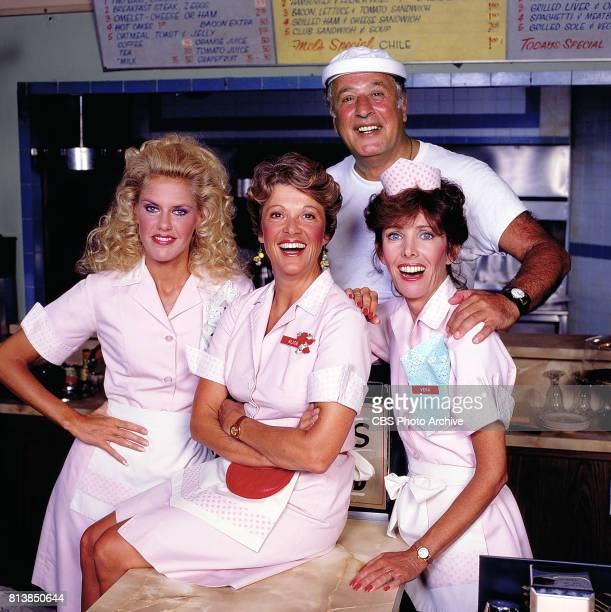 ALICE cast from left to right Celia Weston Linda Lavin Vic Tayback and Beth Howland September 1 1984