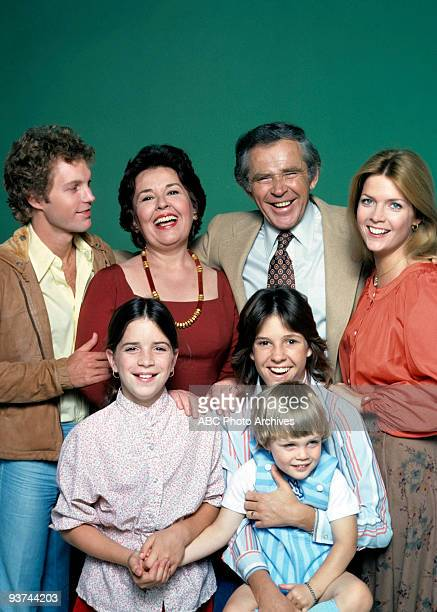 FAMILY cast gallery Season Four 9/21/78 Gary Frank Quinn Cummings Sada Thompson James Broderick Kristy McNichol Michael David Schackelford Meredith...