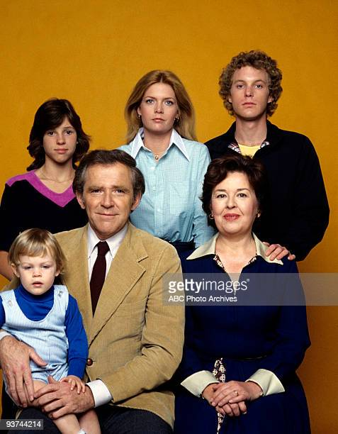 FAMILY cast gallery Season Four 9/21/78 Michael David Schackelford Kristy McNichol James Broderick Meredith BaxterBirney Sada Thompson Gary Frank