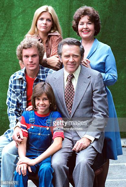 FAMILY cast gallery Season One 1/16/76 Gary Frank Meredith BaxterBirney Kristy McNichol James Broderick Sada Thompson