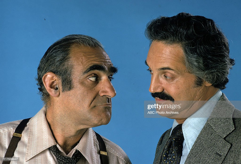 ABE VIGODA;HAL LINDEN : News Photo