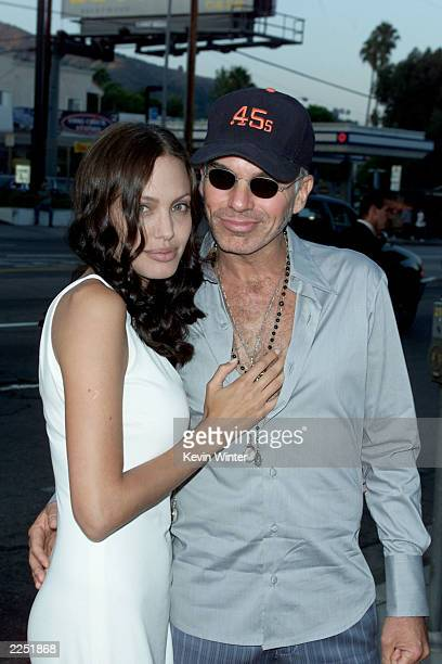 Cast member Angelina Jolie and husband/actor Billy Bob Thornton arrive for the 'Original Sin' premiere held at DGA Theater in Los Angeles CA Tues...