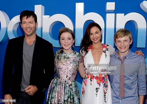 Cast members from left Harry Connick Jr Cozi Zuehlsdorff Ashley Judd and Nathan Gamble attend the film premiere of Warner Bros Pictures' and Alcon...