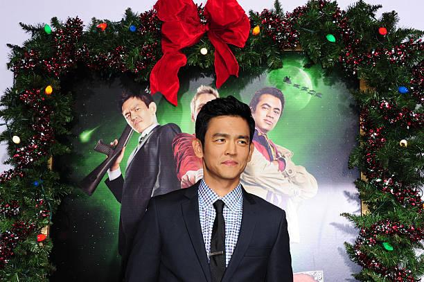 cast members kal penn arrives at the los - A Very Harold Kumar 3d Christmas Cast