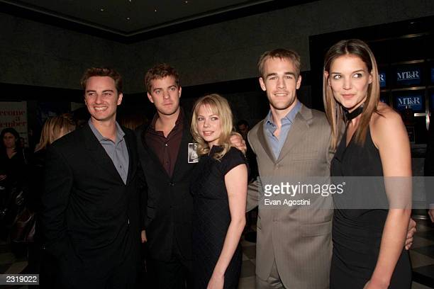 Cast members Kerr Smith Joshua Jackson Michelle Williams James Van Der Beek and Katie Holmes at a celebration for the 100th episode of Dawson's Creek...
