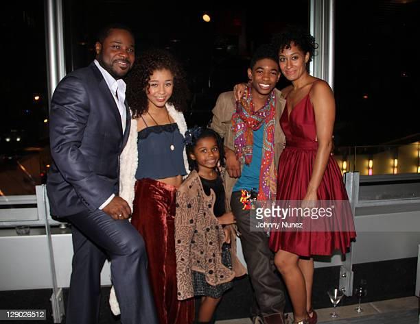 Cast members MalcolmJamal Warner Zoe Soul Zoe Hendrix Nadji Jeter and Tracee Ellis Ross attend the Reed Between The Lines VIP screening at Bar Basque...