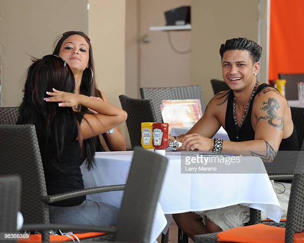 Cast members Nicole 'Snooki' Polizzi Sammi 'Sweetheart' Glancola and Pauly D Delvecchio of the Jersey Shore are sighted on April 9 2010 in Miami...