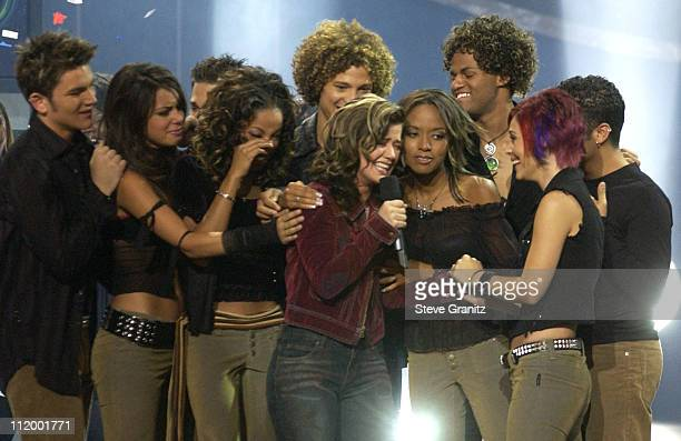Cast members of 'American Idol' during 'American Idol' Season 1 Finale Results Show at Kodak Theatre in Hollywood California United States